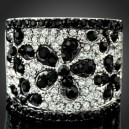 Luxusní prsten, bílé zlato, květina bílý a černý Swarovski krystal J0884