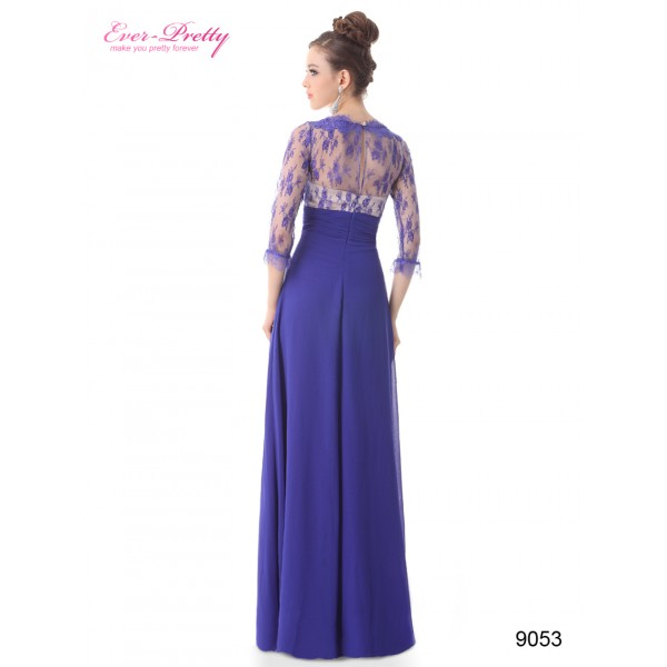 ... Luxusní společenské dlouhé šaty Ever Pretty s krajkou a rukávy 9053 -  modré c59976fa537