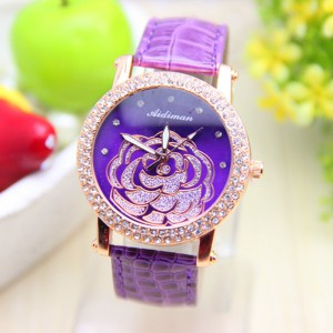 Módní dámské hodinky s koženým páskem a růží - fialové