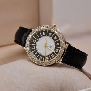 Módní dámské hodinky s koženým páskem, římské číslice - černé