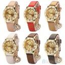 Módní zlaté dámské hodinky s krystaly a přívěškem páva - 6 barev
