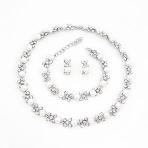 Luxusní perlový set - náhrdelník + náušnice + náramek bílé zlato Swarovski krystal