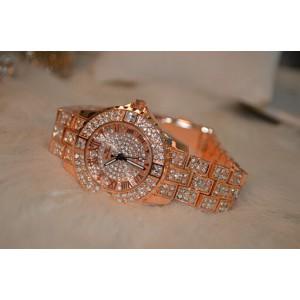 Luxusní růžovo zlaté dámské hodinky osázené krystaly v boxu