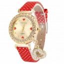 Módní zlaté dámské hodinky s krystaly a přívěškem srdce - červené