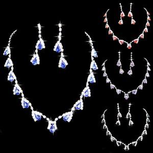 Luxusní set - štrasový náhrdelník + náušnice bílý a barevný krystal - 4 varianty