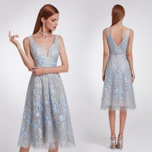 fed72e6e4e6f Luxusní společenské dámské šaty šedé s modrými kvítky - Angel fashion