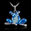 Módní dámský řetízek s přívěškem žába s krystaly - modrá