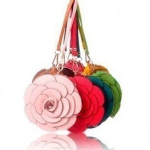 Dámská kulatá kabelka květina - jemně zelená